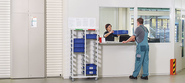 Safe and secure tool storage with the Hänel VendiShelf system in the Hänel Lean-Lift®